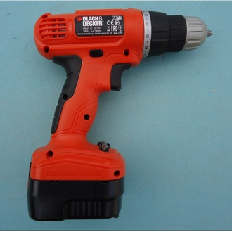 ВИНТОВЕРТ BLACK END DECKER - 12V